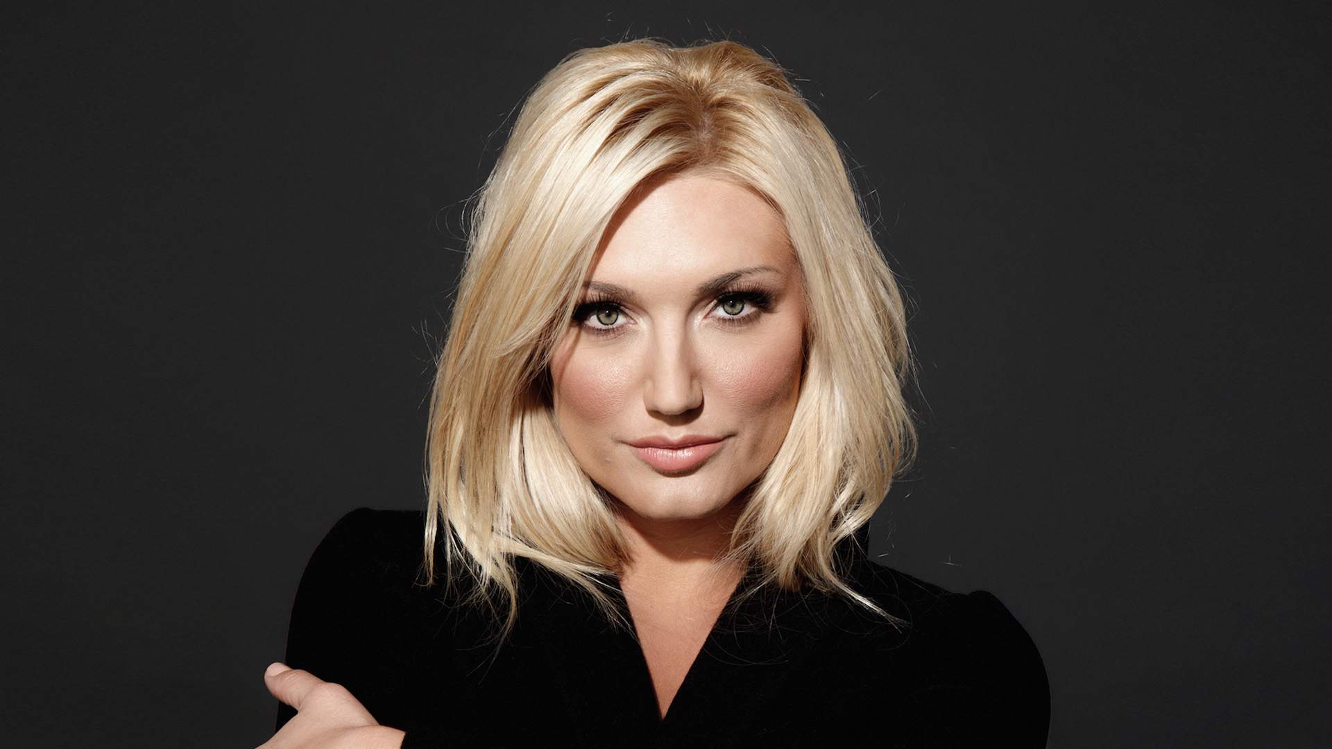 Brooke Hogan Official Website